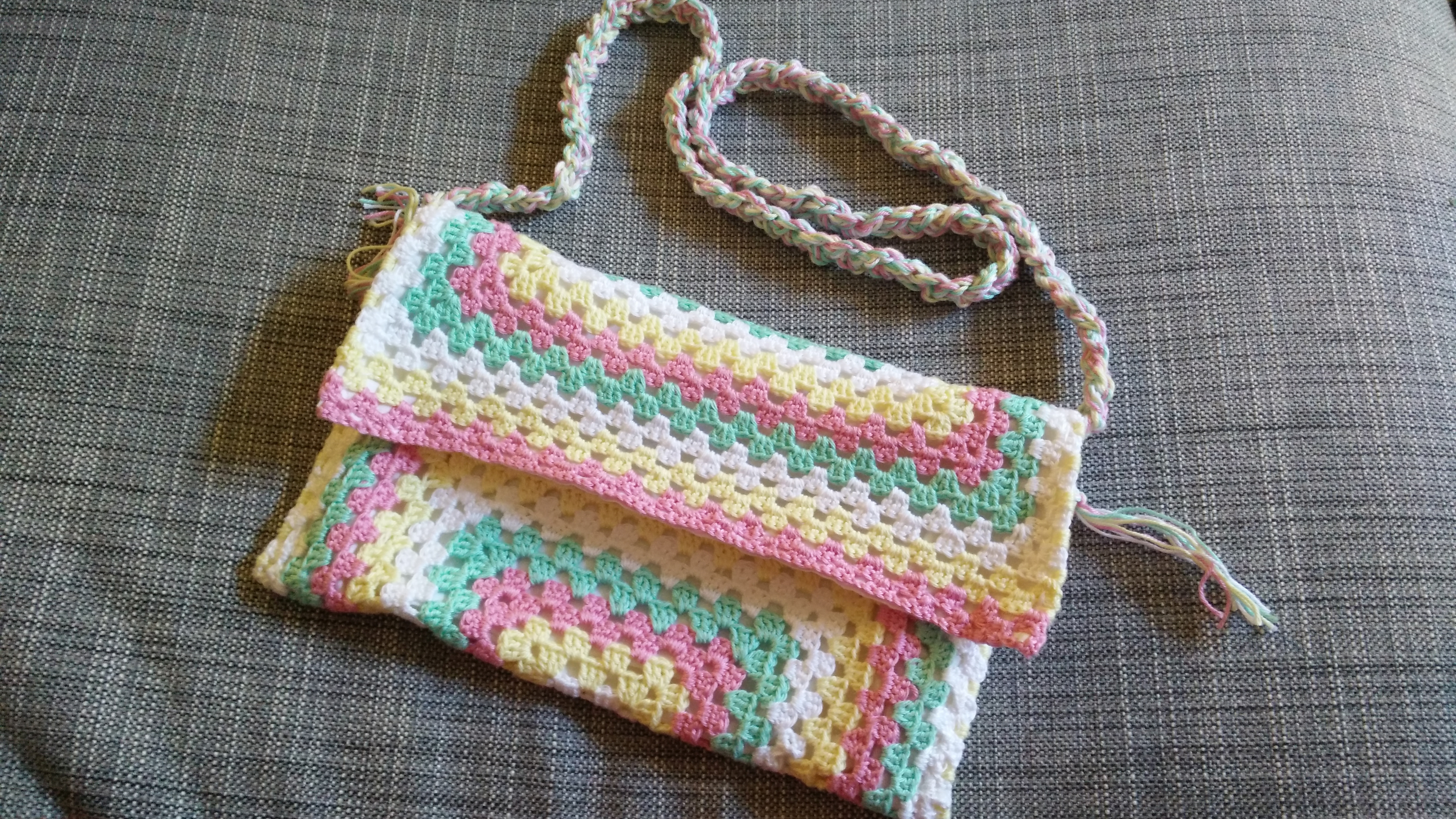 crochetted_bag